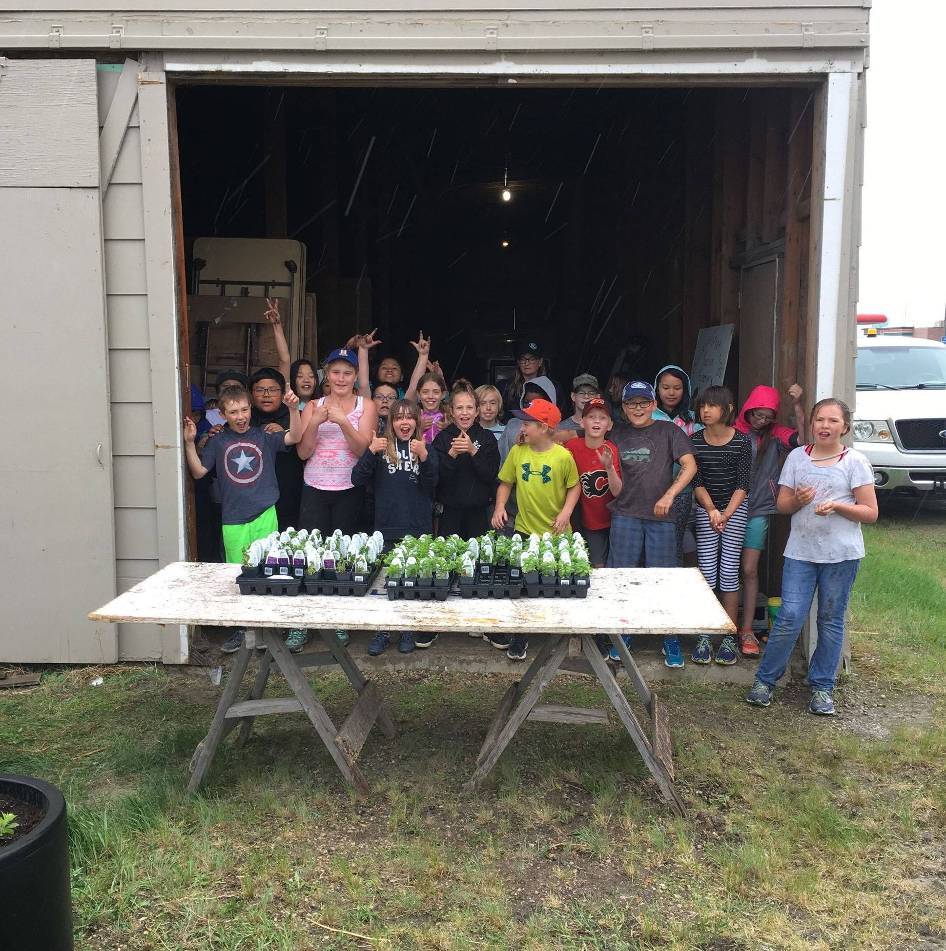 Image of WAS students planting